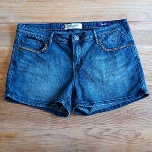 *** 3 For $20 *** Vigold  7 Pocket Shorts Size 32